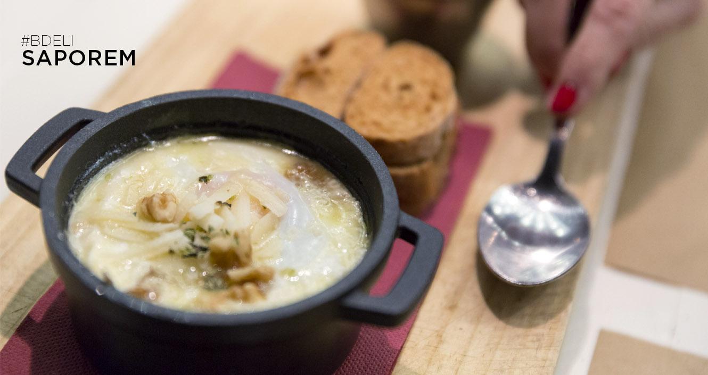 restaurante Saporem, cocotte de queso, puerro, y huevo