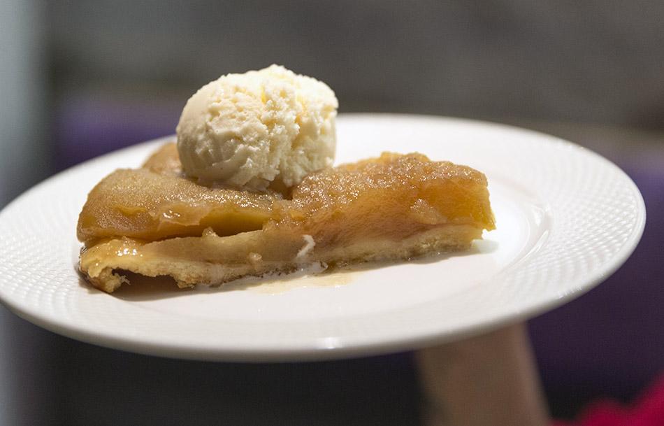 restaurante saporem. tarta de manzana