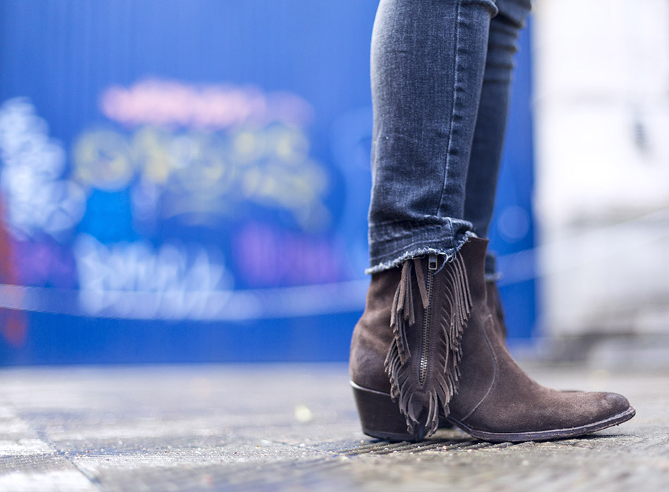 botines de flecos en color marrón
