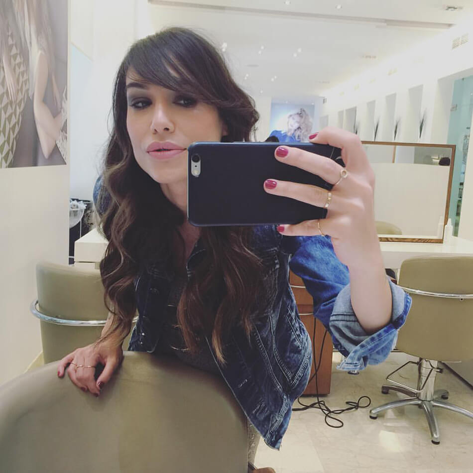 selfie en el Salon Eduardo Sánchez después de probar un tratamiento de L´Oréal Professionnel