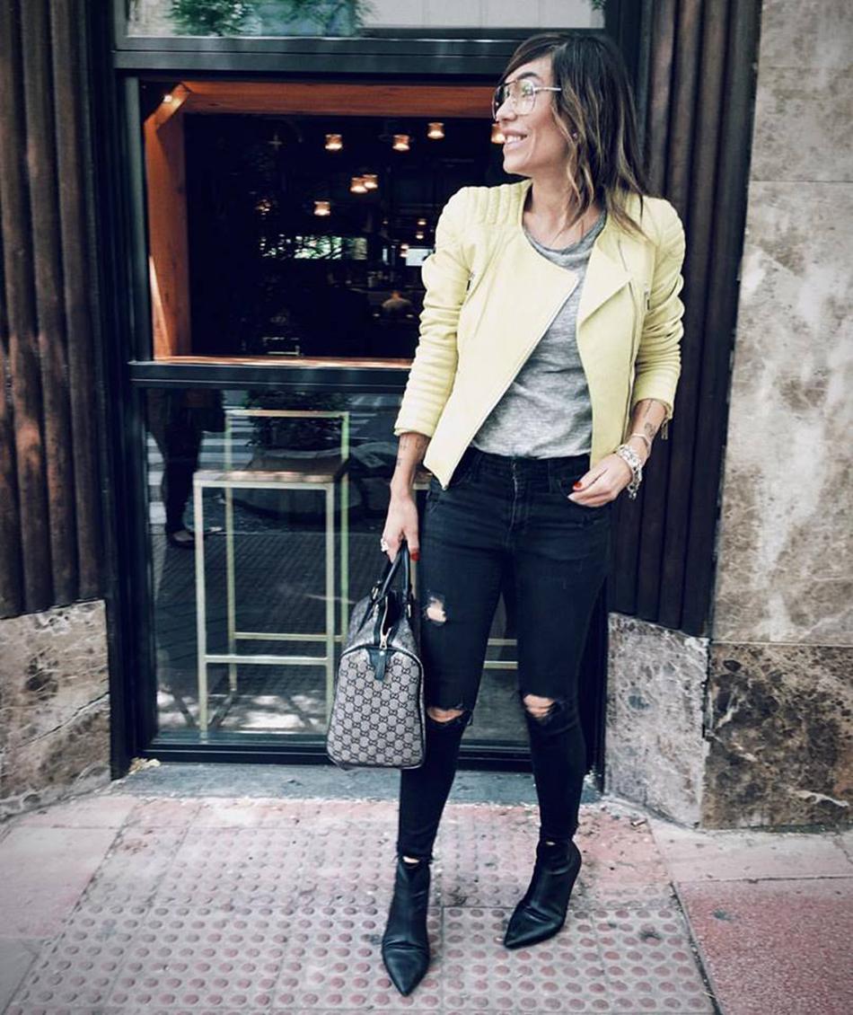 chaqueta de cuero amarillo
