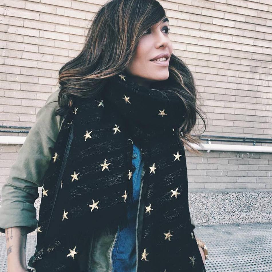 pañuelo de estrellas de Zara