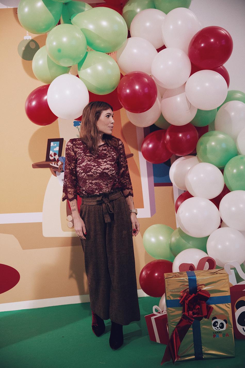 Taller de cookies y de muffins navideño para niños con la cadena de televisión infantil Canal Panda. Barbara Crespo