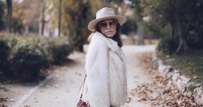 Bárbara Crespo street style. El Retiro. Sombrero/Hat: Lack of Color / Trendy outfit