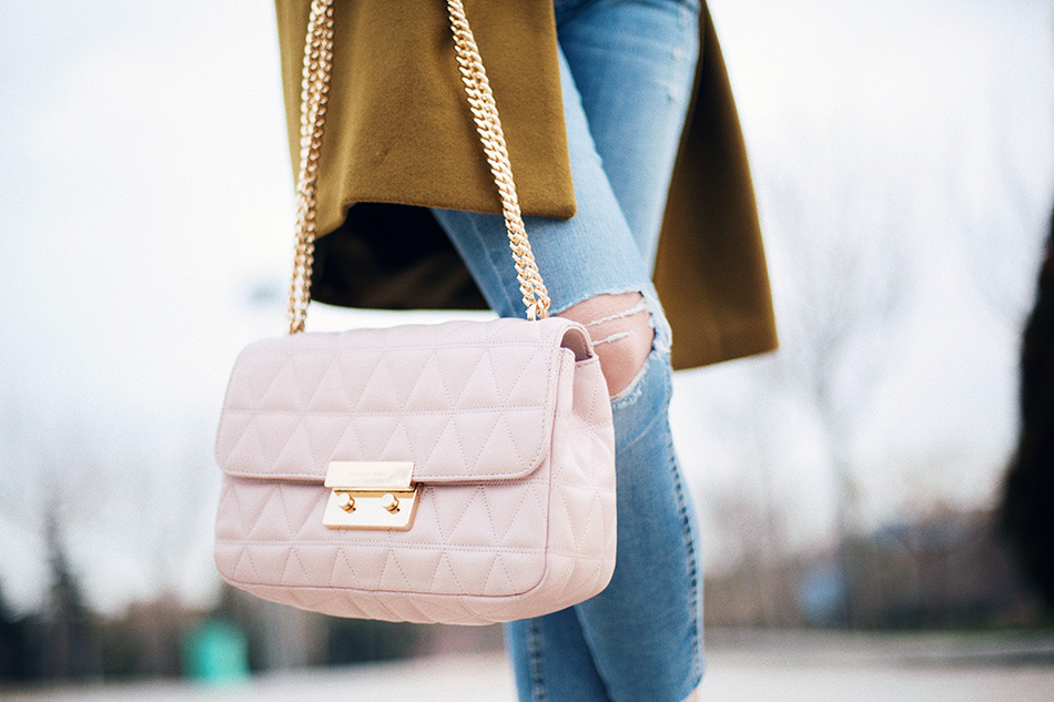 Michael Kors pink bag