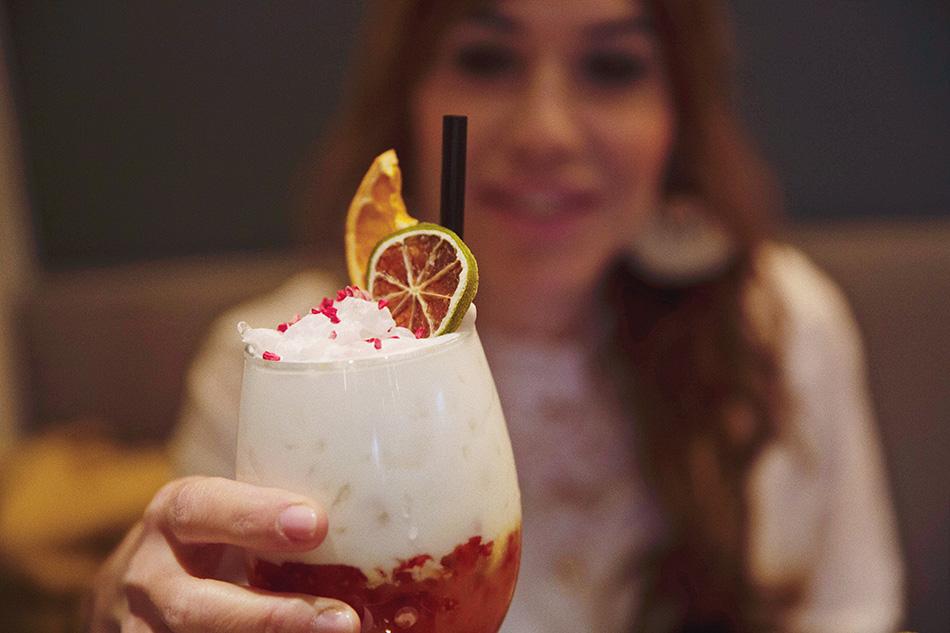 cóctel, restaurante de cocina fusión pink monkey