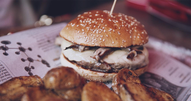 hamburguesa de carne de wayu con setas