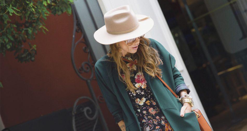 Bárbara Crespo streetstyle. Dress / Vestido: Zara. Boots / Botines: Mango. Bag / Bolso: Michael Kors. Sunglasses / Gafas de sol: Chloé. Reloj / Watch: Michael Kors. Hat / Sombrero: Lack of Color